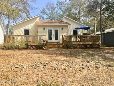 Oak Island Single Family Home For Sale: 104 SW 23rd Street
