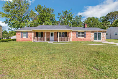 Jacksonville NC Single Family Home For Sale: $144,900