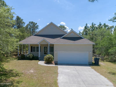 Boiling Spring Lakes Single Family Home For Sale: 1042 Stateville Road