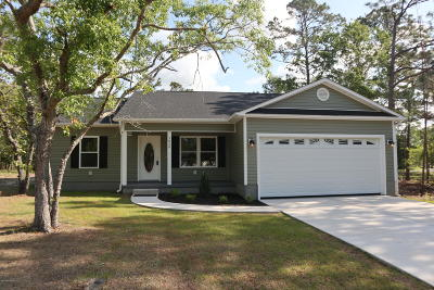 Shallotte Single Family Home For Sale: 3038 Oak Drive SW