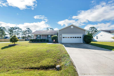Sneads Ferry Single Family Home For Sale: 401 S Grazing Court