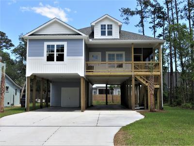 Oak Island Single Family Home For Sale: 334 NE 49th Street