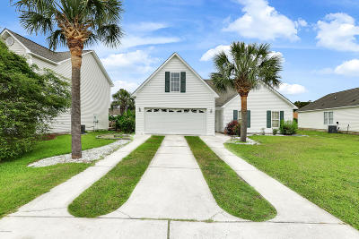 Southport Single Family Home For Sale: 4928 Montserrat Drive