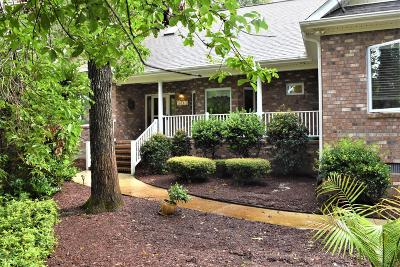 Olde Point, Olde Point Villas Single Family Home For Sale: 303 Ravenswood Road