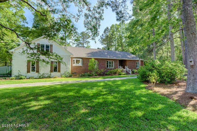 Sneads Ferry Single Family Home For Sale: 812 Willbrook Circle