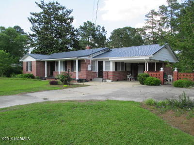 Tabor City Single Family Home For Sale: 406 Fair Bluff Road