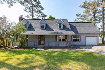 Onslow County Single Family Home For Sale: 2418 Saddleridge Drive