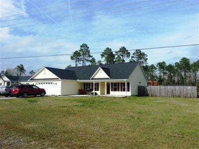 Hubert Rental For Rent: 309 Sand Ridge Road