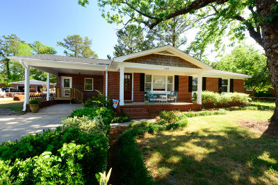 Wilmington Single Family Home For Sale: 110 Pinecliff Drive