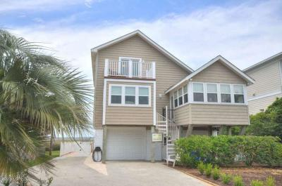 Oak Island NC Single Family Home For Sale: $699,900