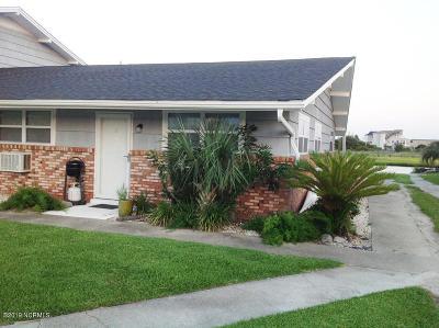 Condo/Townhouse For Sale: 109 Cedar Lane #1