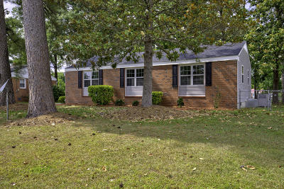 Northwoods Single Family Home For Sale: 504 Woodhaven Drive