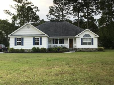 Shallotte Single Family Home For Sale: 23 Country Club Drive