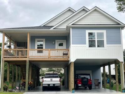 Oak Island NC Single Family Home For Sale: $338,000