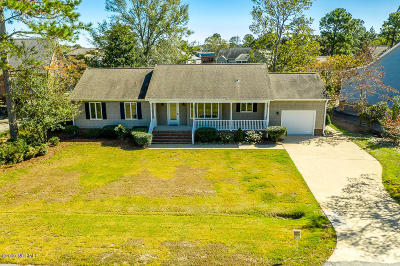 New Bern Single Family Home For Sale: 902 Coral Court