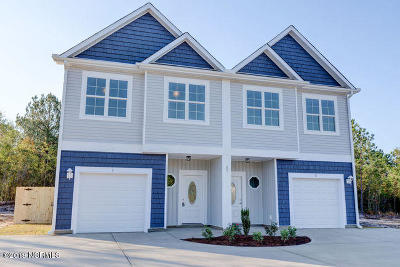 Holly Ridge Condo/Townhouse For Sale: 59 Manchester Lane #2