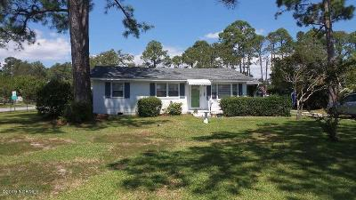Morehead City Single Family Home For Sale: 2316 Emeline Place