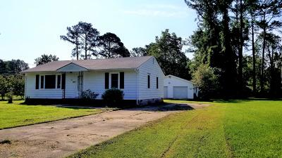 Jacksonville NC Single Family Home For Sale: $137,000