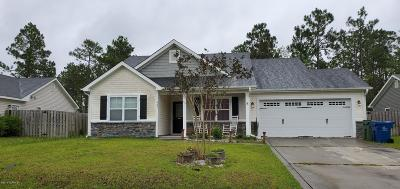 Sneads Ferry Single Family Home For Sale: 403 Blue Pennant Court