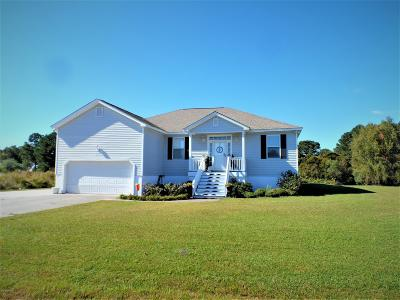 Beaufort Single Family Home For Sale: 211 Pelican Harbor Road