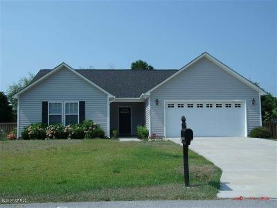 Holly Ridge, Sneads Ferry, Surf City, Topsail Beach Rental For Rent: 227 Derby Downs Drive