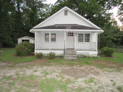 Whiteville Single Family Home For Sale: 406 S Maultsby Street