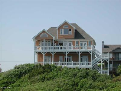 Emerald Isle Single Family Home For Sale: 102 Live Oak Street