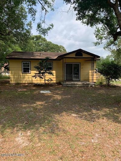 Shallotte Single Family Home For Sale: 1707 Little Shallotte River Drive SW