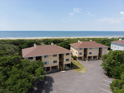 Oak Island Condo/Townhouse For Sale: 9 Foxfire Trace