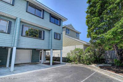 Wrightsville Beach Condo/Townhouse For Sale: 332 Causeway Drive #14