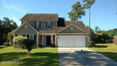 Onslow County Single Family Home For Sale: 126 Whiteleaf Drive