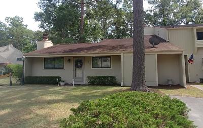New Bern Condo/Townhouse For Sale: 38 Quarterdeck Townes
