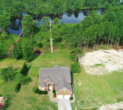 Trent Woods Single Family Home For Sale: 913 Leeward Drive