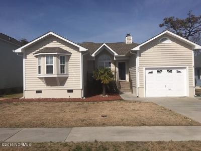 Single Family Home For Sale: 426 Emerald Circle Circle