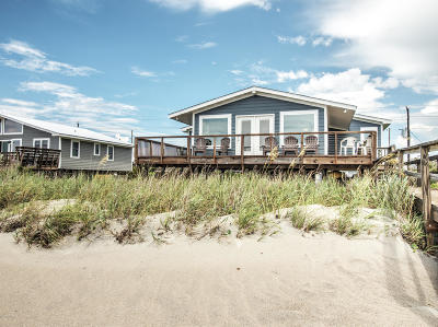 Emerald Isle Single Family Home For Sale: 1407 Ocean Drive
