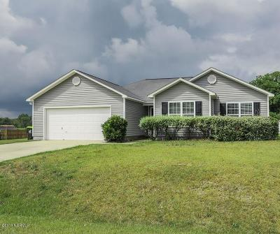 Richlands Single Family Home For Sale: 106 Harmony Way