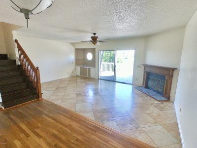 Carolina Beach Condo/Townhouse For Sale: 300 Columbia Avenue #A