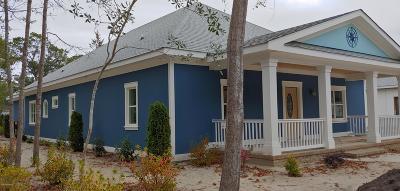 Southport Single Family Home For Sale: 220 Stuart Avenue