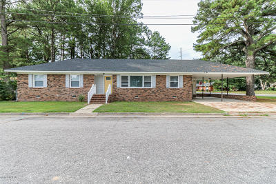 Edgecombe County Single Family Home For Sale: 521 N Fairview Road