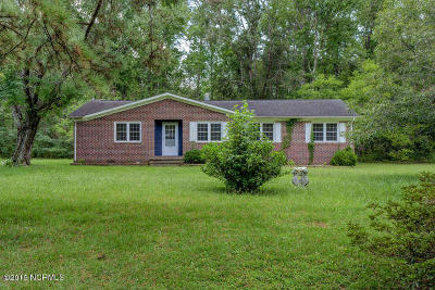 Onslow County Single Family Home For Sale: 144 Marshall Chapel Road
