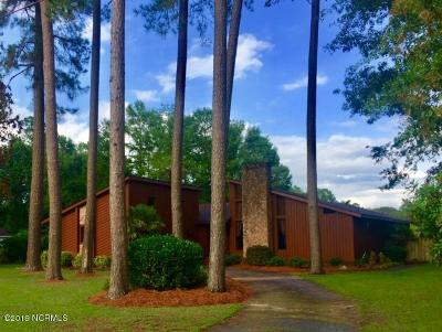 Richlands Single Family Home For Sale: 905 Wood Drive