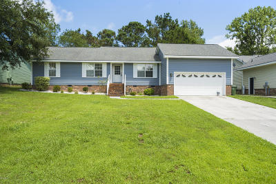 Sneads Ferry Single Family Home For Sale: 304 Preakness Lane