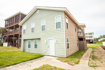 Oak Island Single Family Home For Sale: 4310 E Beach Drive
