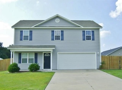 Richlands Single Family Home For Sale: 300 Cherry Blossom Court
