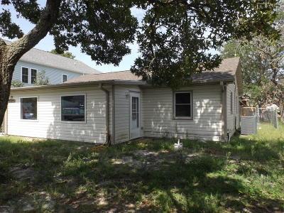 28465 Single Family Home For Sale: 119 NE 8th Street