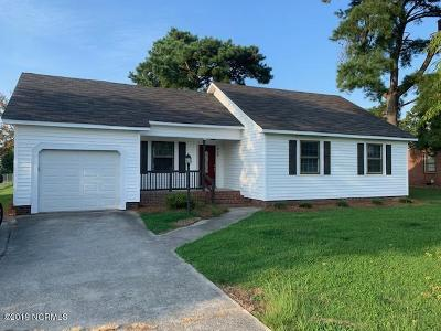 Winterville Single Family Home For Sale: 826 Davenport Farm Road