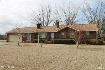 Whiteville NC Single Family Home For Sale: $240,000