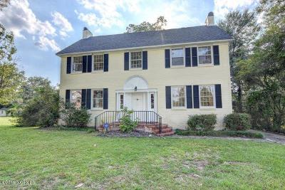 Whiteville NC Single Family Home For Sale: $178,500