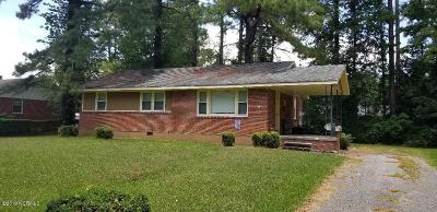 Onslow County Single Family Home For Sale: 125 Kitt Drive