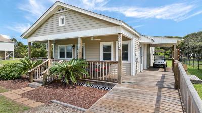 Oak Island Beach Single Family Home For Sale: 2212 E Dolphin Drive